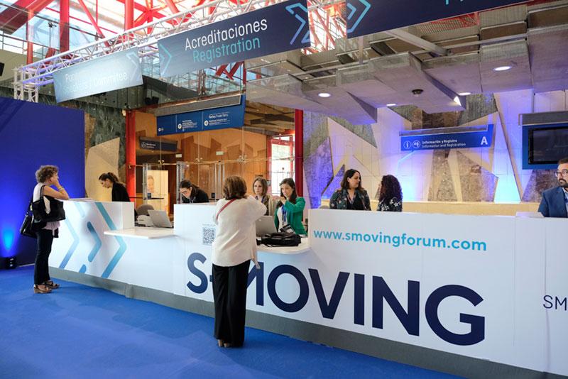 Acreditaciones y  recepción S-moving
